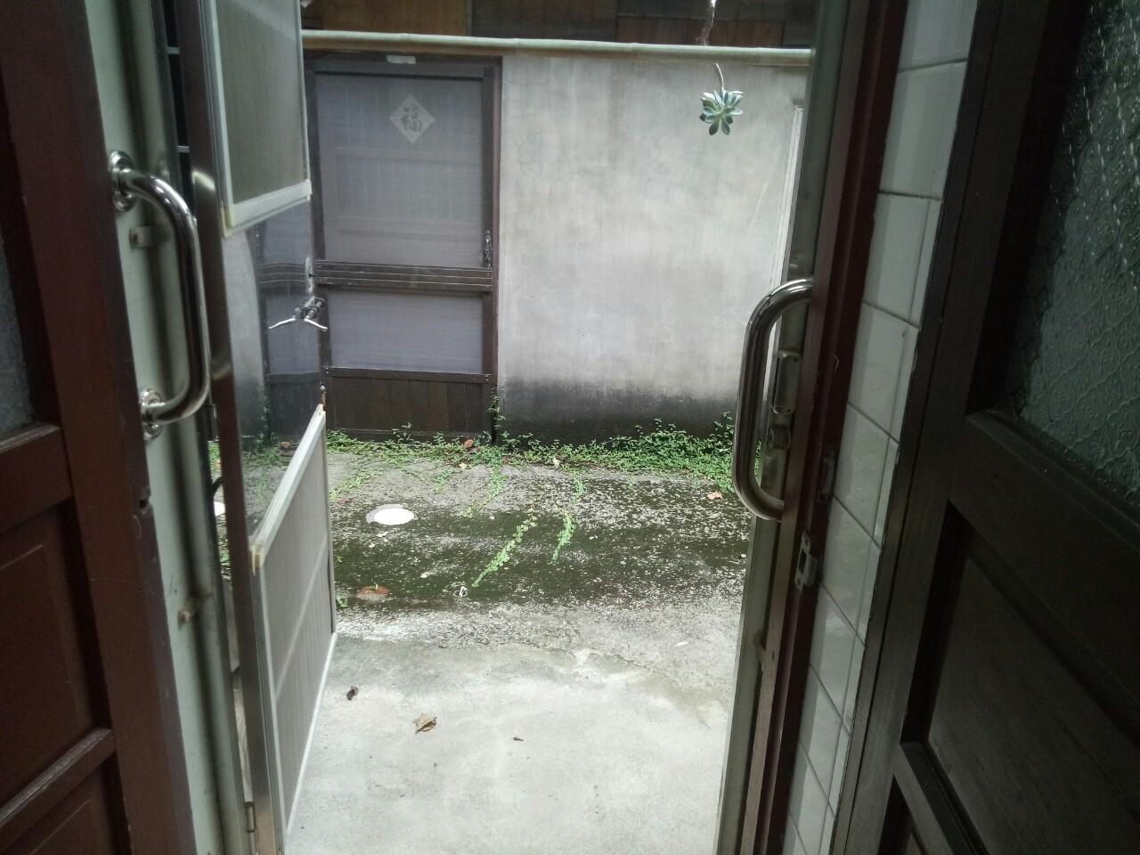 居家後門加裝不鏽鋼一字型安全扶手