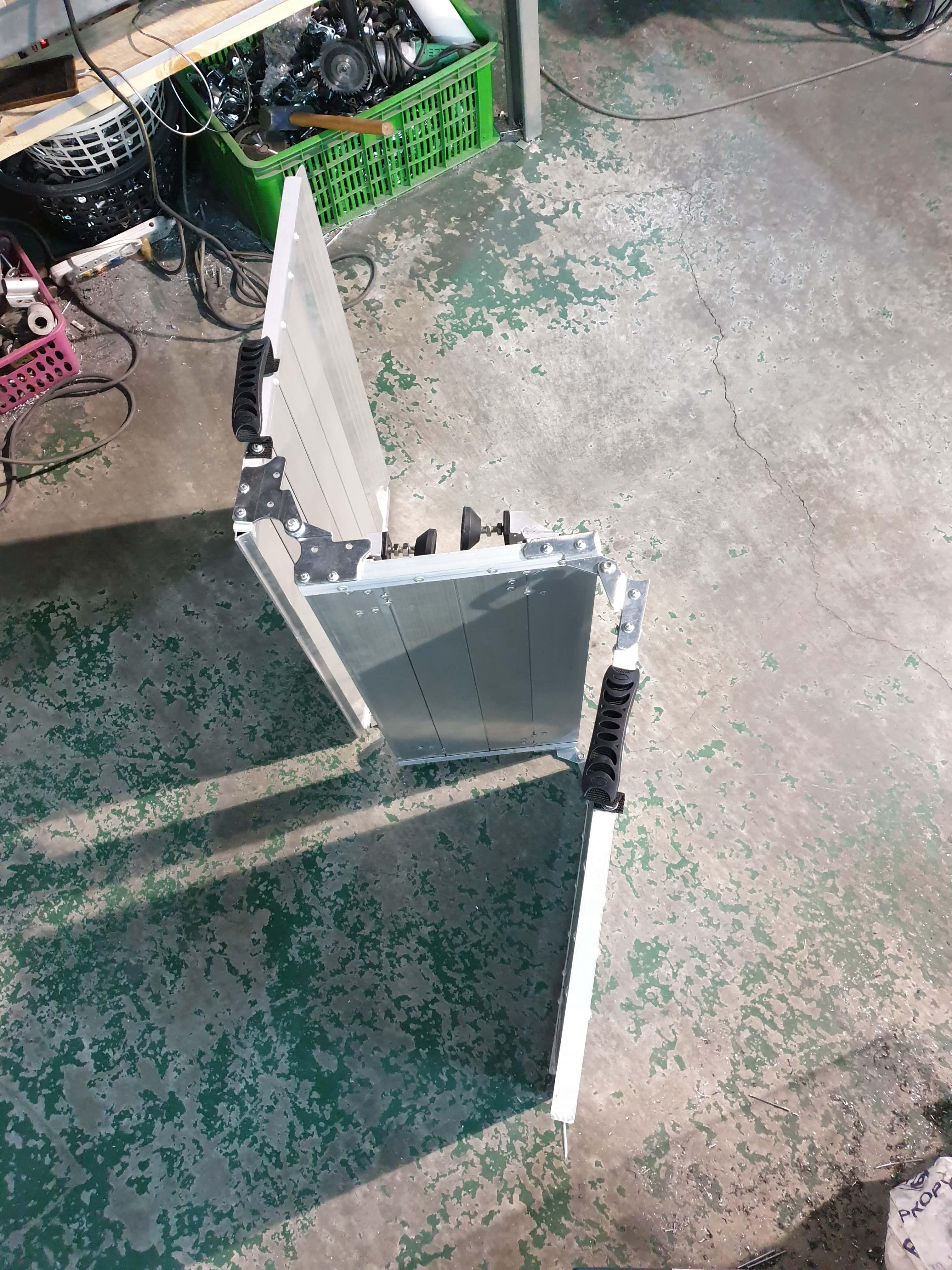 雙折式門檻斜坡板收折步驟2
